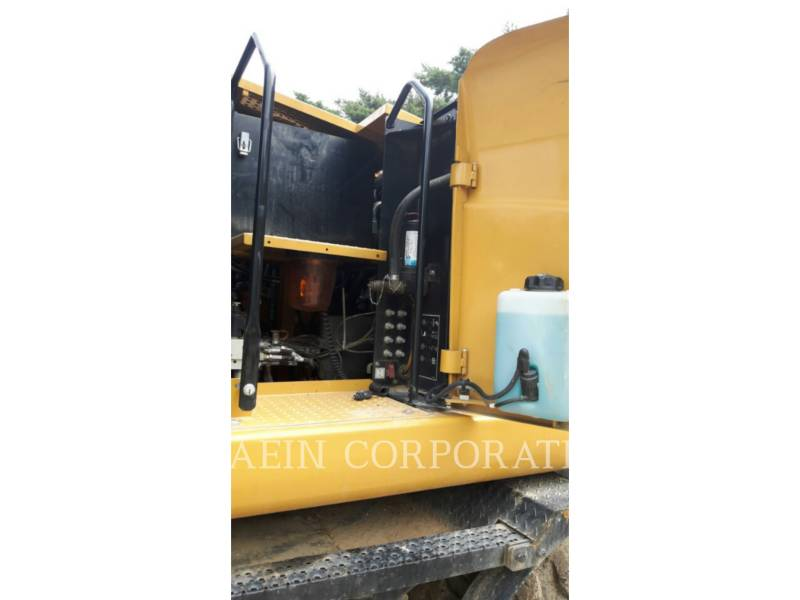 CATERPILLAR PELLES SUR PNEUS M315D2 equipment  photo 13