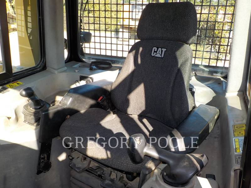 CATERPILLAR TRATORES DE ESTEIRAS D6T LGP equipment  photo 20