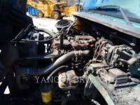FREIGHTLINER CAMIONS ROUTIERS M2106 equipment  photo 10