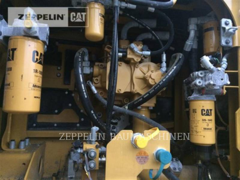 CATERPILLAR KETTEN-HYDRAULIKBAGGER 352FL equipment  photo 21