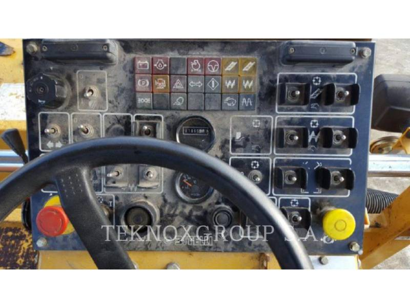 Caterpillar BETONIERE DE ASFALT BB-740 equipment  photo 2
