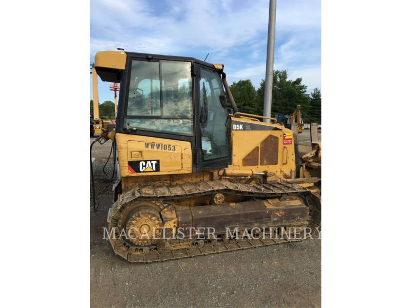 CATERPILLAR TRACK TYPE TRACTORS D5KXL equipment  photo 1