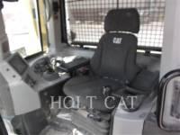 CATERPILLAR TRACK TYPE TRACTORS D8T equipment  photo 8