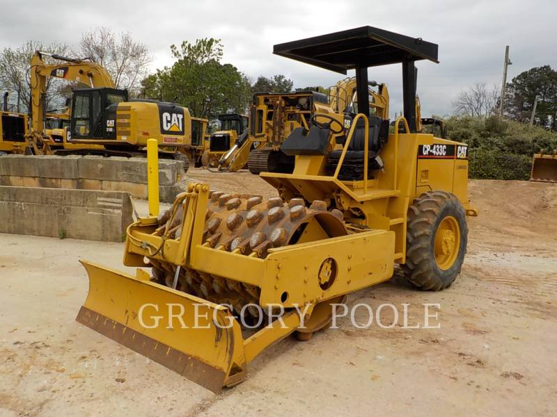 CATERPILLAR COMPACTEUR VIBRANT, MONOCYLINDRE À PIEDS DAMEURS CP-433C equipment  photo 14