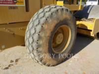 CATERPILLAR 振動シングル・ドラム・スムーズ CS-54 equipment  photo 20