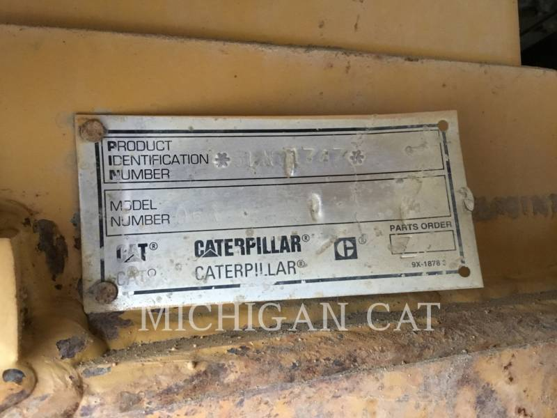 CATERPILLAR TRACK TYPE TRACTORS D6RX equipment  photo 16