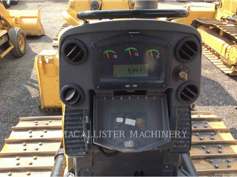 CATERPILLAR TRACTEURS SUR CHAINES D5K2 equipment  photo 19