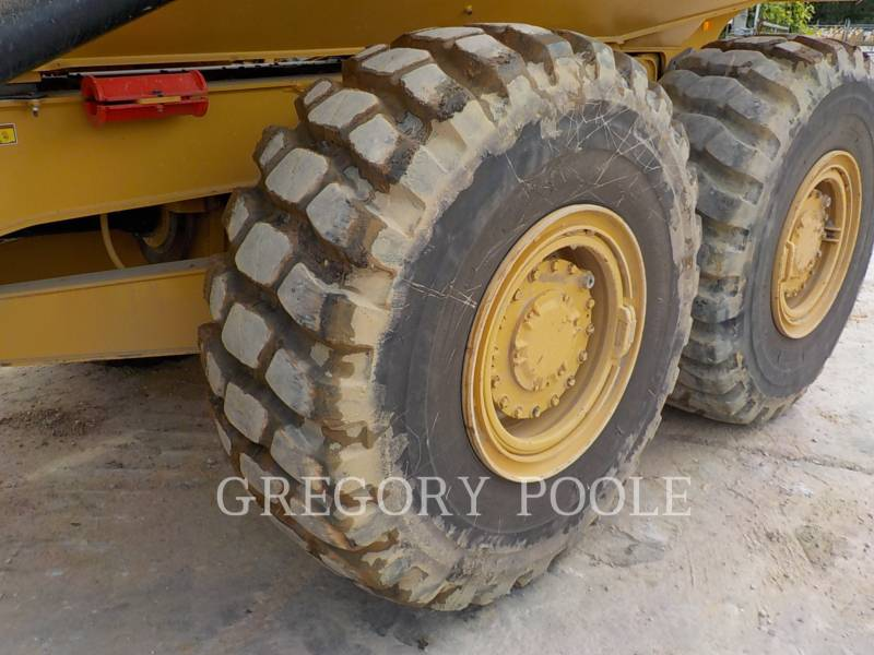 CATERPILLAR ARTICULATED TRUCKS 725C equipment  photo 19