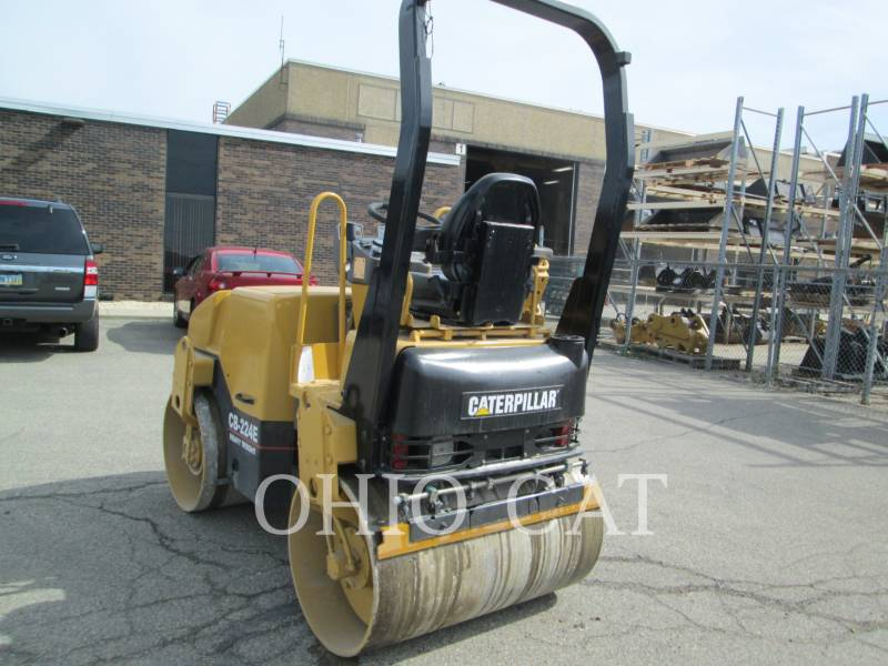 CATERPILLAR COMBINATION ROLLERS CB224E equipment  photo 2