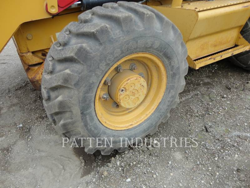 CATERPILLAR BACKHOE LOADERS 430EST equipment  photo 8