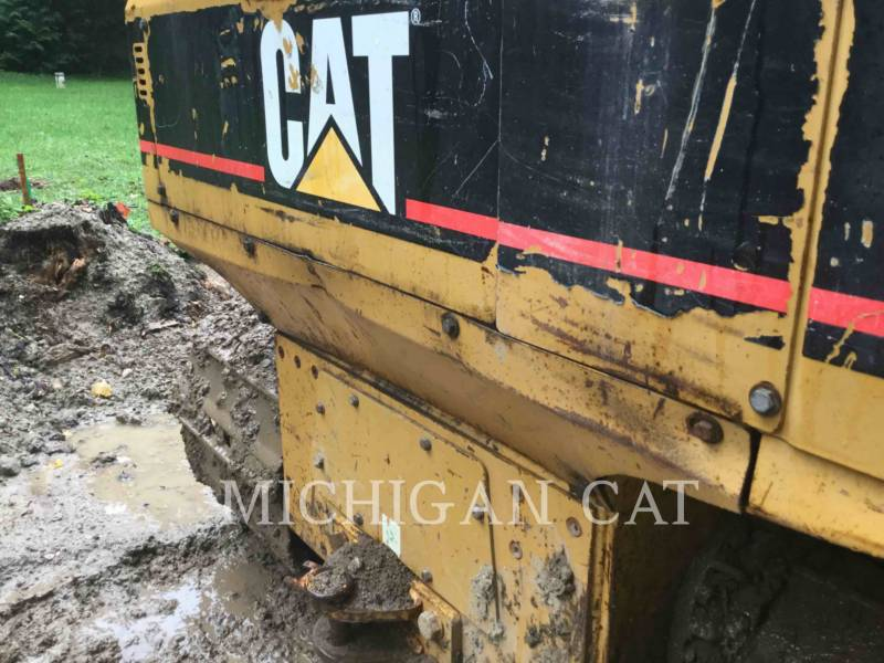 CATERPILLAR TRACTORES DE CADENAS D3GLGP equipment  photo 13