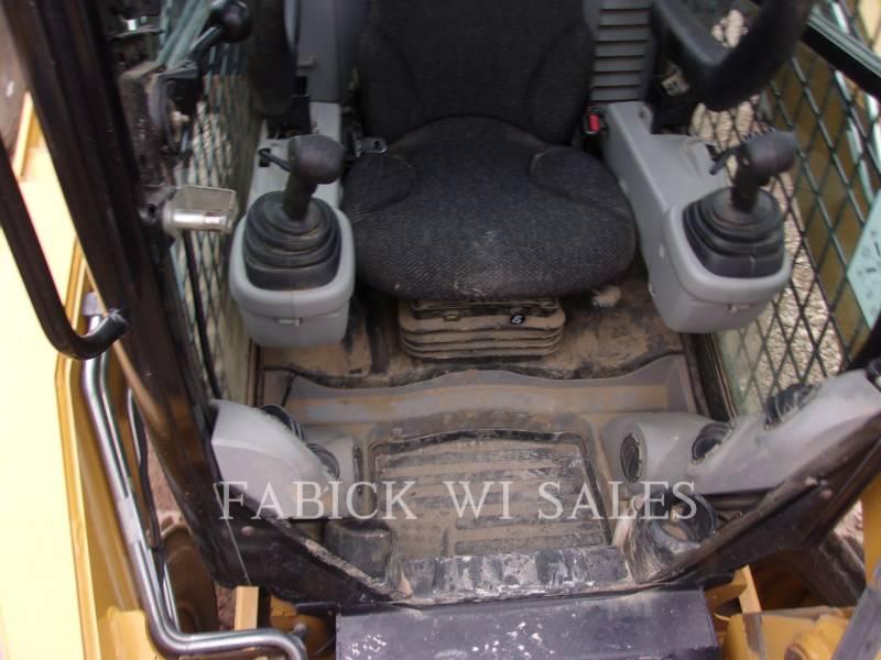 CATERPILLAR KOMPAKTLADER 262C2 equipment  photo 5