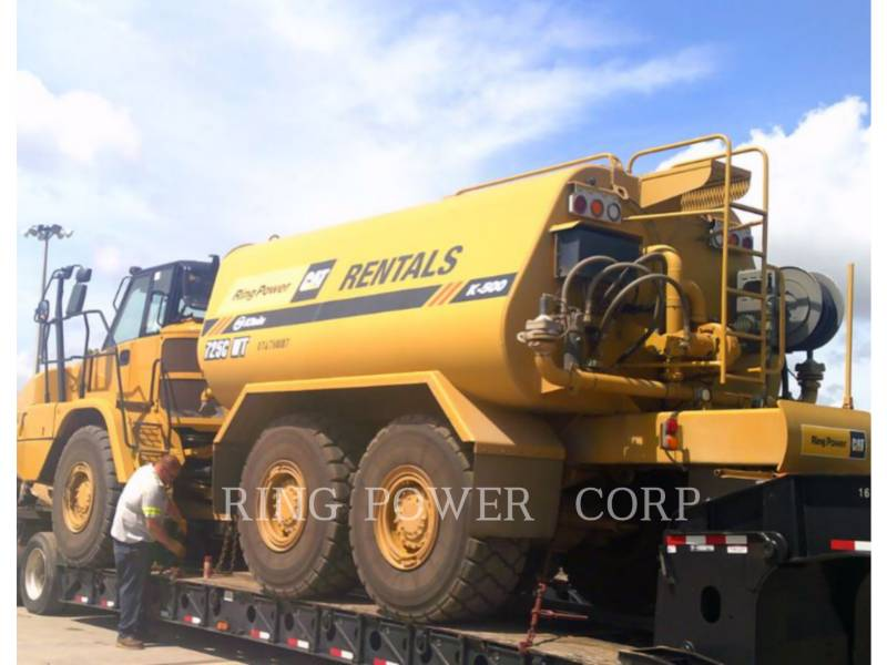 CATERPILLAR WATER TRUCKS 725C2WW equipment  photo 3
