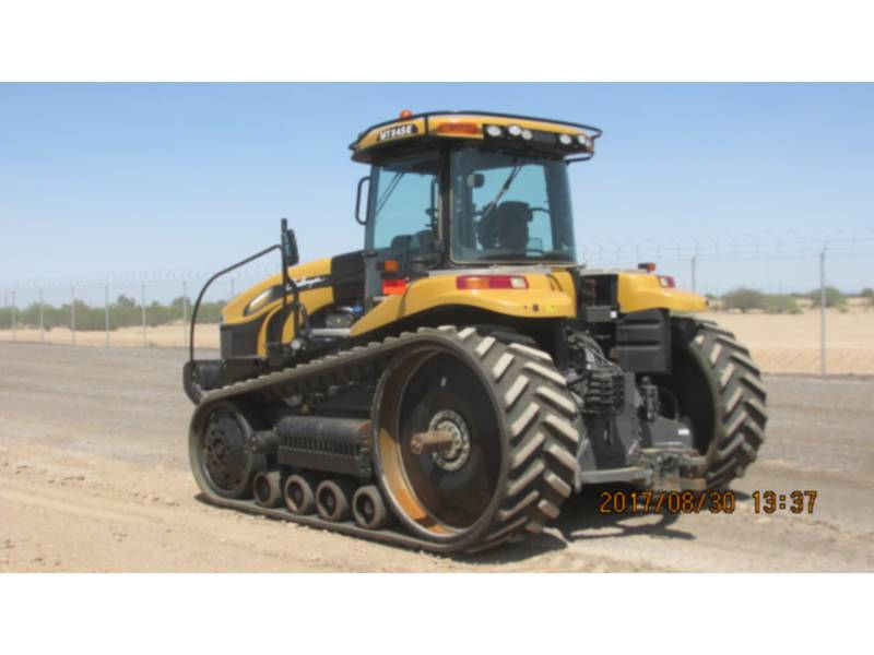 CATERPILLAR LANDWIRTSCHAFTSTRAKTOREN MT845E equipment  photo 3