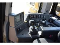 CATERPILLAR TRACTEURS SUR CHAINES D 8 T equipment  photo 19