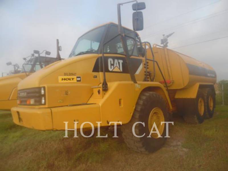 CATERPILLAR WATER TRUCKS W00 725 equipment  photo 2
