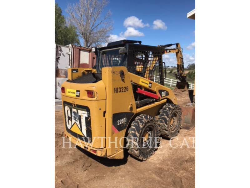 CATERPILLAR MINICARGADORAS 226 B SERIES 3 equipment  photo 4