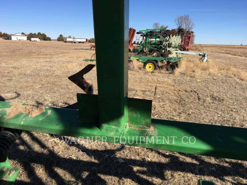 JOHN DEERE APPARECCHIATURE PER COLTIVAZIONE TERRENI 2200 equipment  photo 12