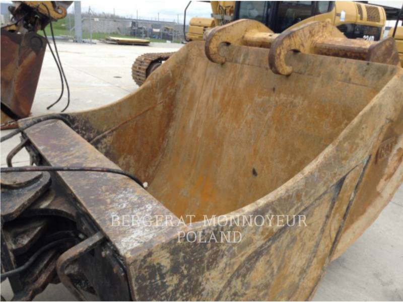 CATERPILLAR トラック油圧ショベル 329DLN equipment  photo 5