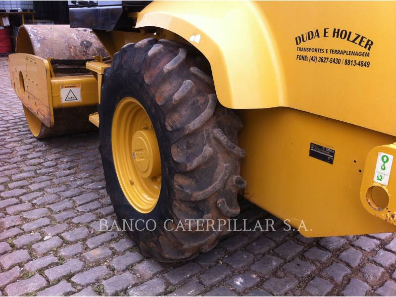 CATERPILLAR COMPACTEUR VIBRANT, MONOCYLINDRE LISSE CS-423E equipment  photo 11