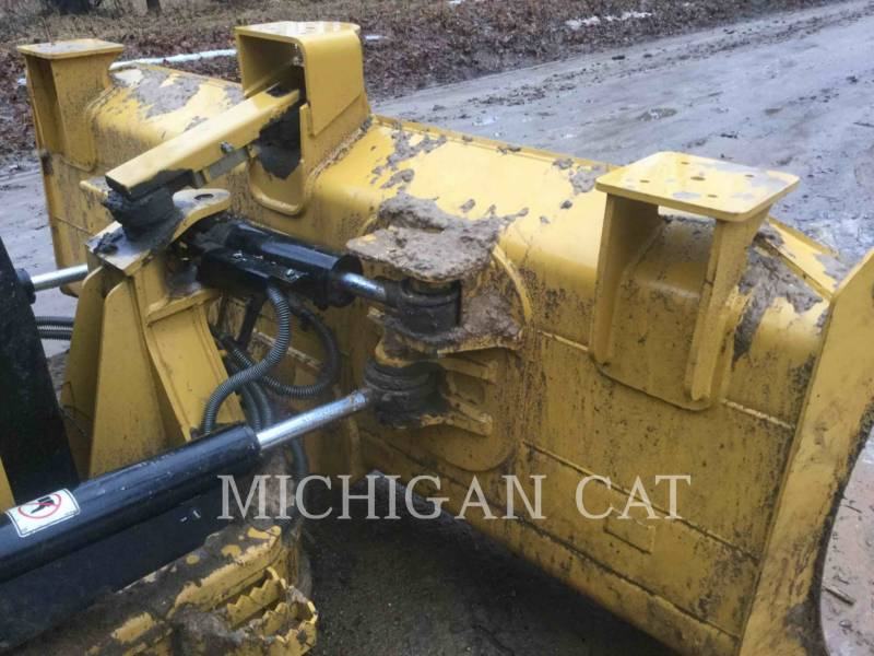 CATERPILLAR TRACK TYPE TRACTORS D4K2X AS4F equipment  photo 15