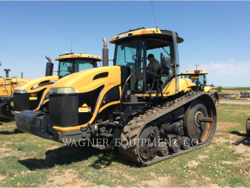 AGCO 農業用トラクタ MT765 equipment  photo 1