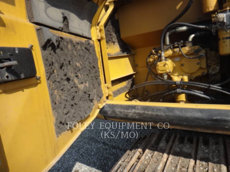 CATERPILLAR TRACK EXCAVATORS 320CL equipment  photo 6
