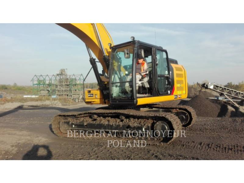 CATERPILLAR TRACK EXCAVATORS 320F equipment  photo 2