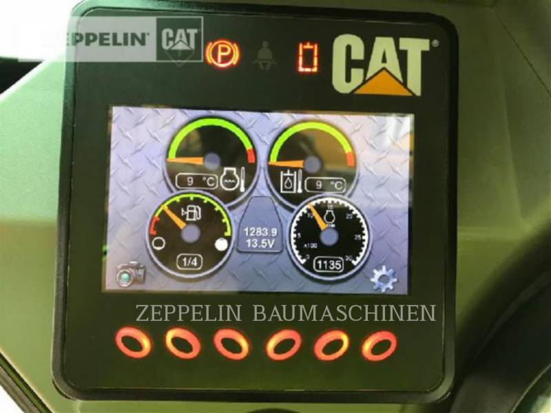 CATERPILLAR KOMPAKTLADER 246D equipment  photo 10