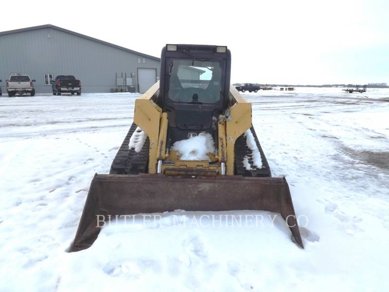 DEERE & CO. SKID STEER LOADERS CT332 equipment  photo 6