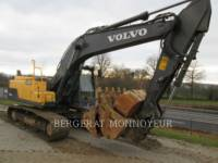 Equipment photo VOLVO CONSTRUCTION EQUIPMENT EC220LC TRACK EXCAVATORS 1
