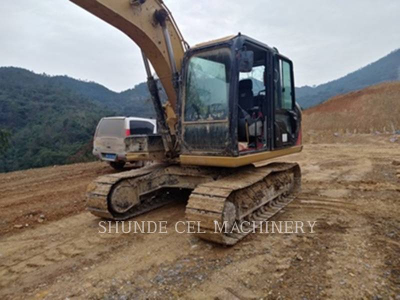 CATERPILLAR TRACK EXCAVATORS 313D2 equipment  photo 1