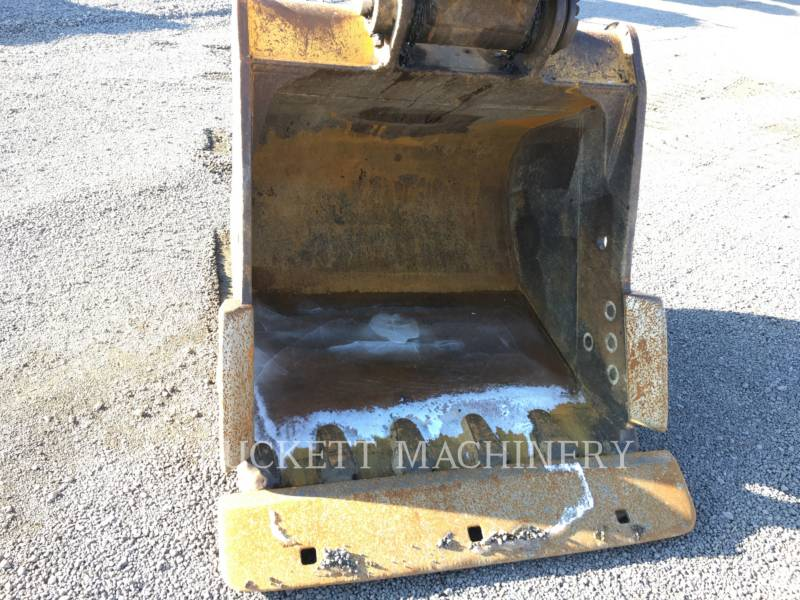 CATERPILLAR TRACK EXCAVATORS 318C equipment  photo 9