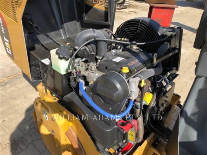 CATERPILLAR VIBRATORY DOUBLE DRUM ASPHALT CB14B equipment  photo 6