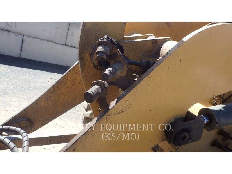 CATERPILLAR WHEEL LOADERS/INTEGRATED TOOLCARRIERS 904B equipment  photo 17