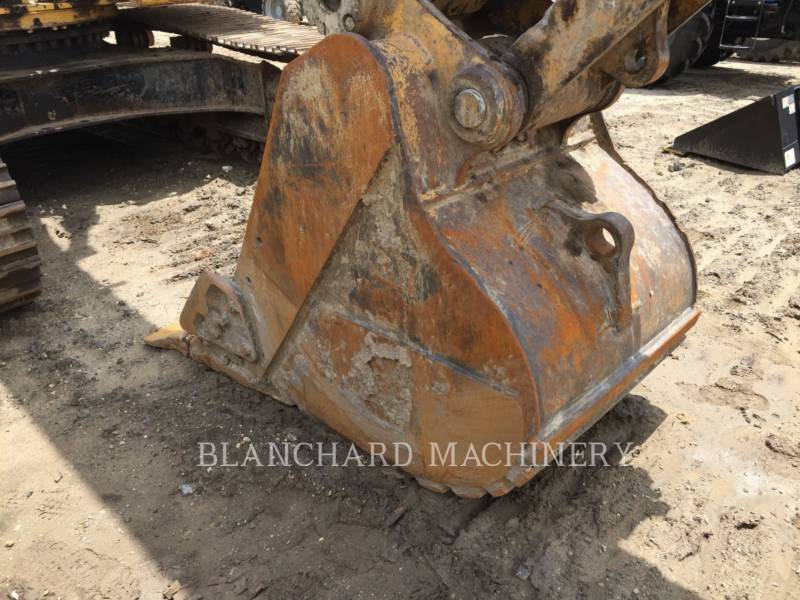 CATERPILLAR PELLES SUR CHAINES 330D equipment  photo 7
