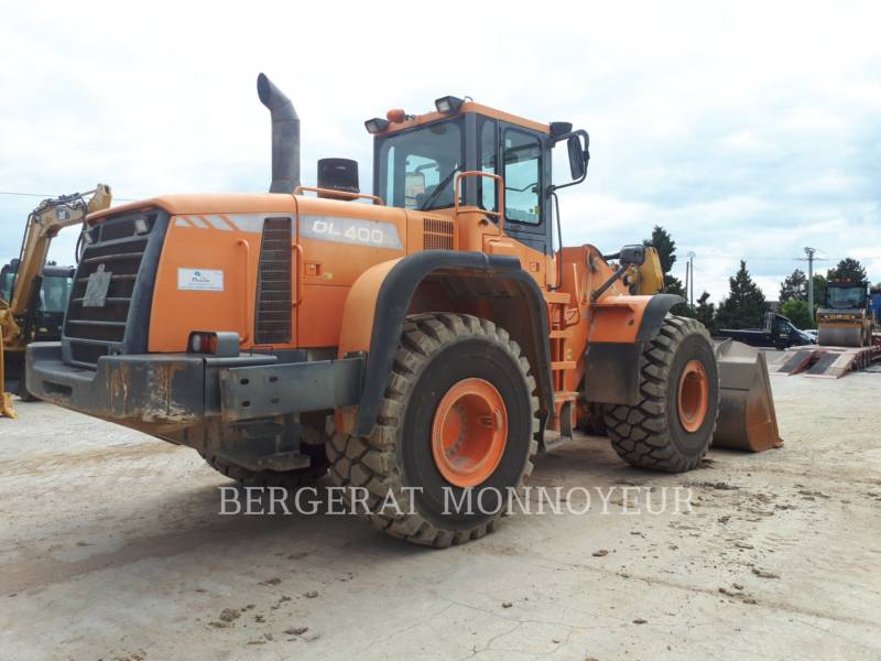 DOOSAN INFRACORE AMERICA CORP. CARGADORES DE RUEDAS DL400 equipment  photo 3