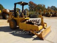 CATERPILLAR VIBRATORY SINGLE DRUM PAD CP-44 equipment  photo 3