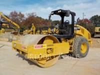 CATERPILLAR COMPACTEUR VIBRANT, MONOCYLINDRE LISSE CS-54B equipment  photo 1