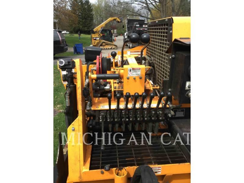 LEE-BOY PAVIMENTADORES DE ASFALTO 8500C equipment  photo 9