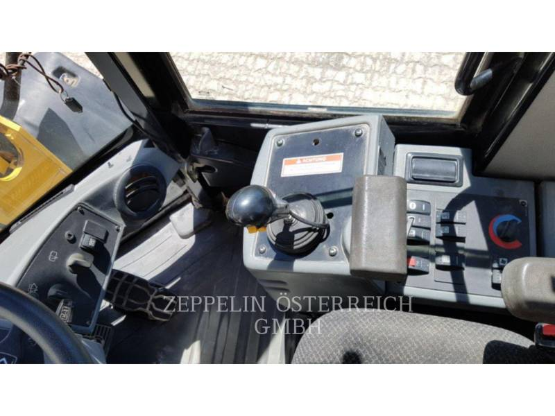 CATERPILLAR CHARGEURS SUR PNEUS/CHARGEURS INDUSTRIELS 928 H Z equipment  photo 20