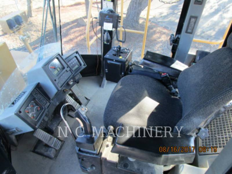 CATERPILLAR WHEEL LOADERS/INTEGRATED TOOLCARRIERS 988H equipment  photo 6