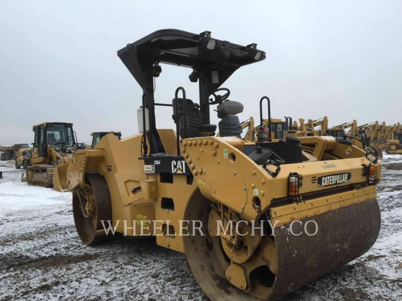CATERPILLAR VIBRATORY DOUBLE DRUM ASPHALT CB64 VV equipment  photo 2