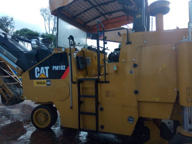 CATERPILLAR コールド・プレーナ PM - 102 equipment  photo 9