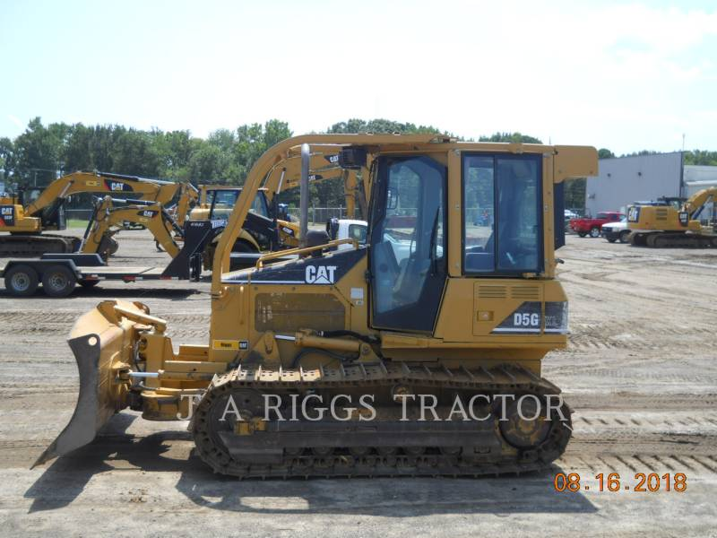 CATERPILLAR KETTENDOZER D5GXL equipment  photo 2