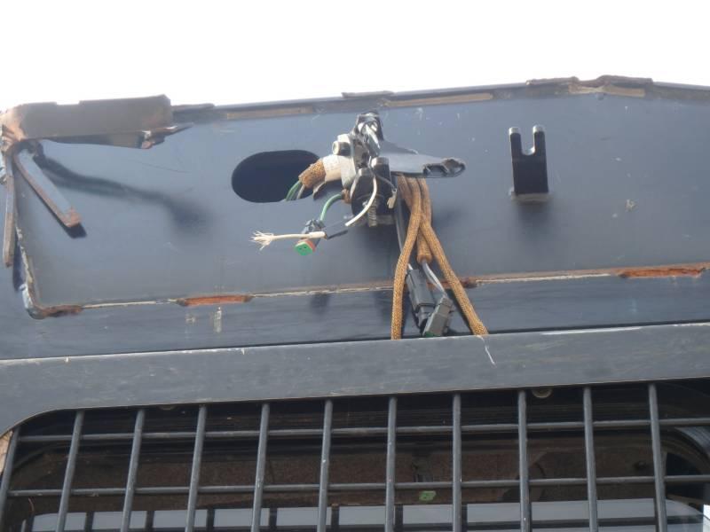 Caterpillar SILVICULTURĂ – MAŞINI DE ADUNAT COPACI – ROŢI 563C equipment  photo 12