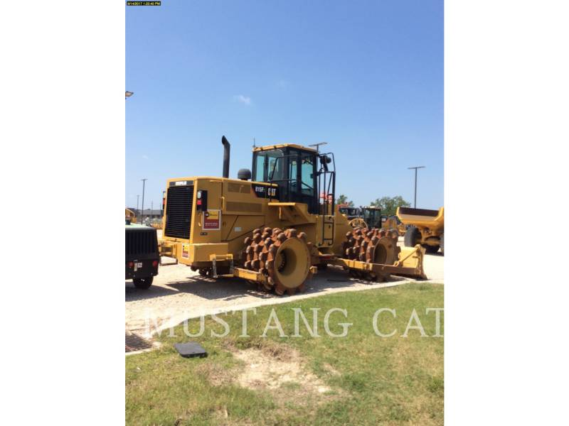 CATERPILLAR COMPACTADORES 815FII equipment  photo 4