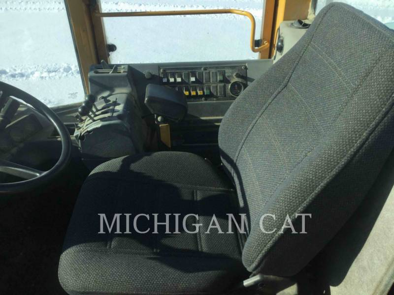 VOLVO CONSTRUCTION EQUIPMENT WHEEL LOADERS/INTEGRATED TOOLCARRIERS L120 equipment  photo 19