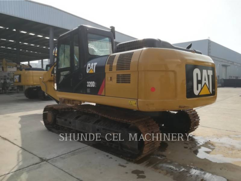 CATERPILLAR EXCAVADORAS DE CADENAS 320D2GC equipment  photo 7