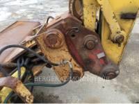 NEW HOLLAND PELLES SUR CHAINES E215 equipment  photo 11